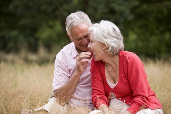 Dietas y alimentación para personas mayores / tercera edad