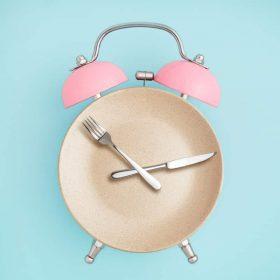 Ayuno intermitente: ¿es sano dejar de comer o comer menos veces al día?